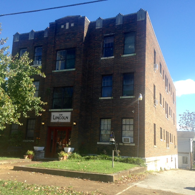 Vintage Downtown Chattanooga Apartment Building Is Now For
